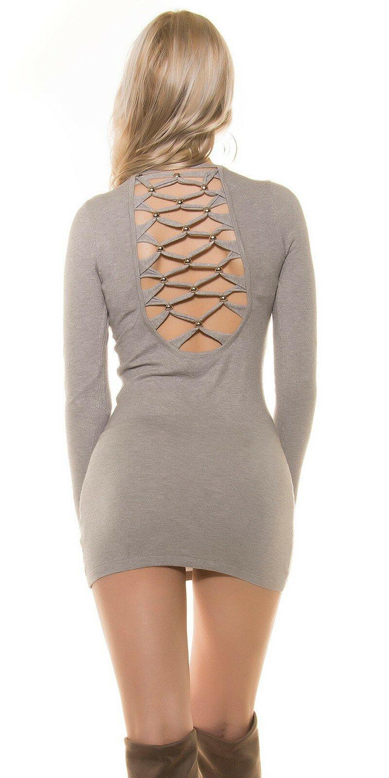Pletené šaty s perličkami