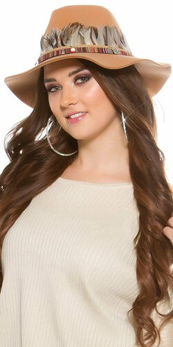 Dámsky klobúk s perím Béžová