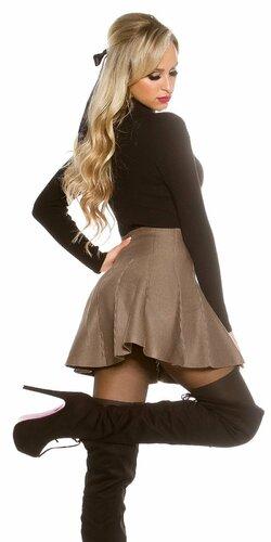 Dámska pletená sukňa so zvýšeným pásom