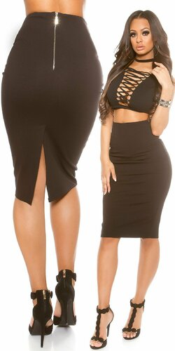 Dámska čierna sukňa strihu ,,pencil,, Čierna