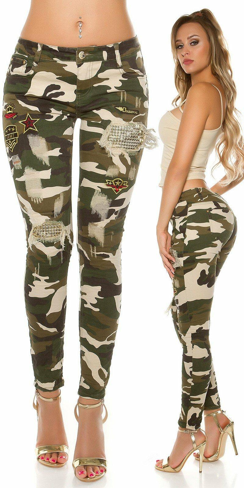 Štýlové maskáčové nohavice s rozparkami