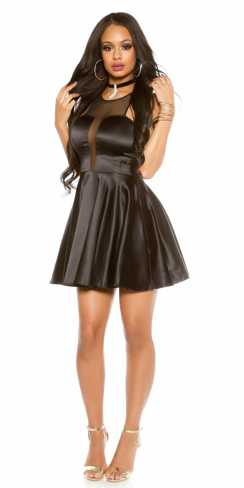 Dámske štýlové mini šaty s výstrihom