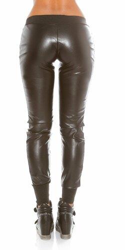 Športové nohavice koženého vzhľadu Čierna