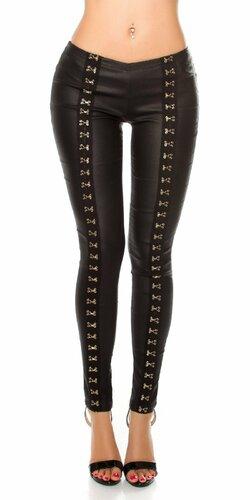 Čierne nohavice s dekoratívnymi háčikmi Čierna