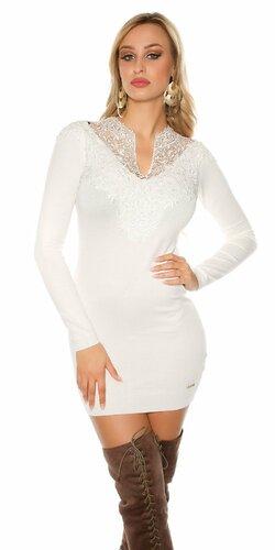 Dámske úpletové šaty s čipkovaným dekoltom