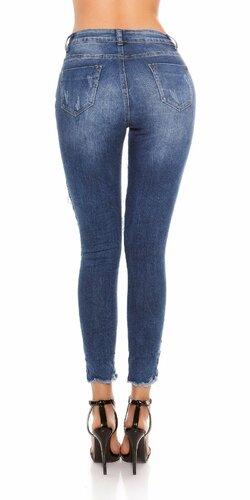 Úzke džínsy s kvetinovou výšivkou a piercingami Modrá