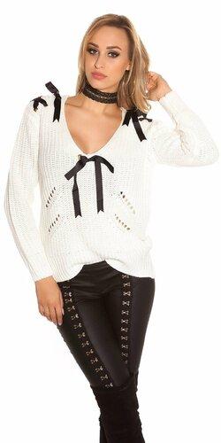 Pletený sveter so stuhami a ozdobnými dierami | Biela