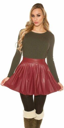 Nariasená sukňa koženého vzhľadu | Bordová