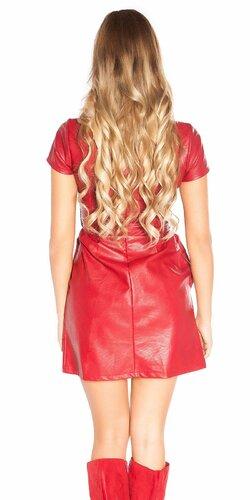 Mini šaty koženého vzhľadu s opaskom