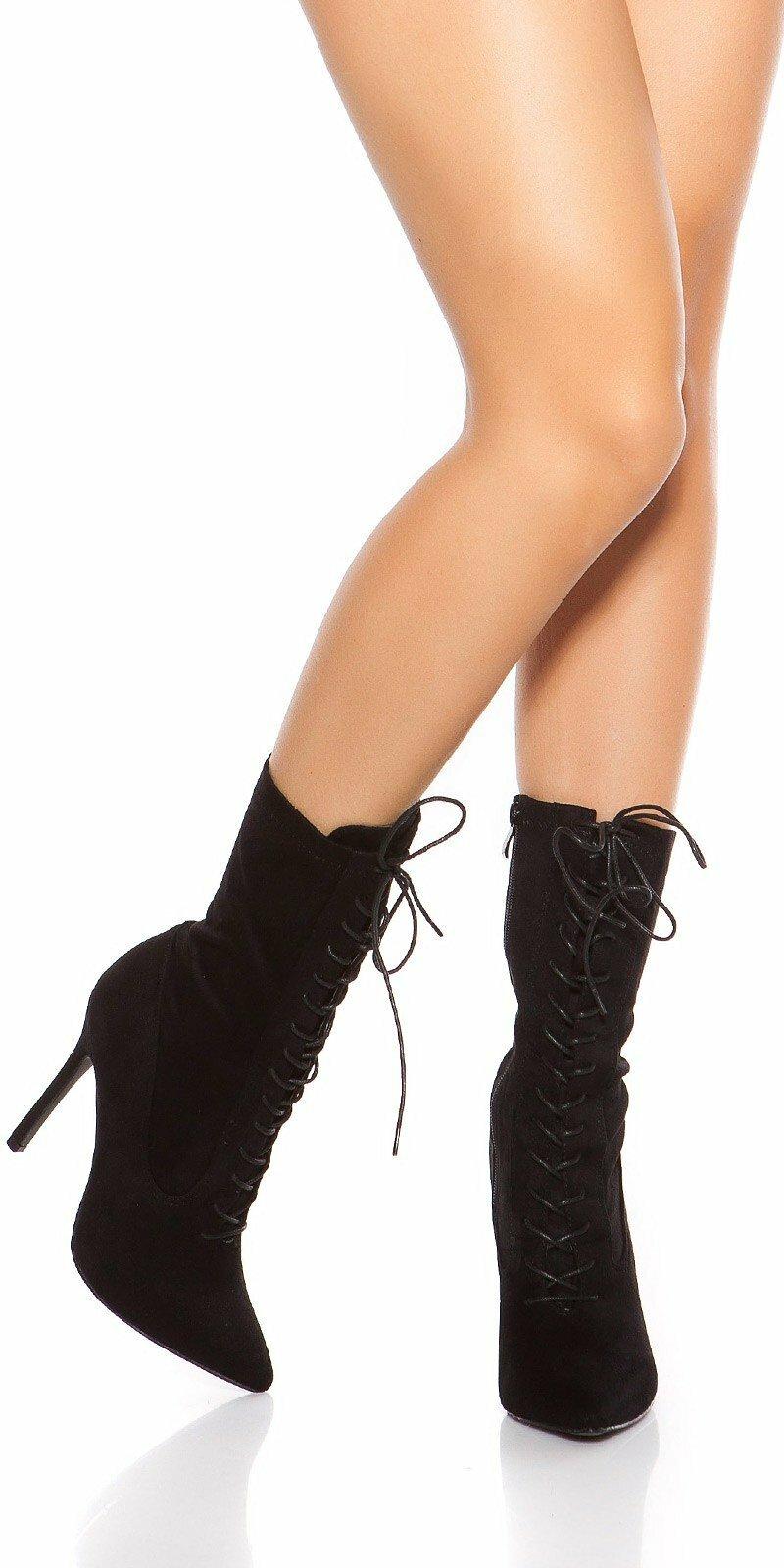 82e3578131 Šnurovacie členkové čižmy  Velkosť topánok 38 Farba Čierna