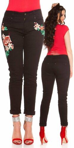 Čierne kvetinové džínsy pre moletky | Čierna