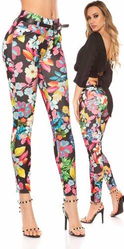 Kvetinové nohavice s opaskom | Čierna