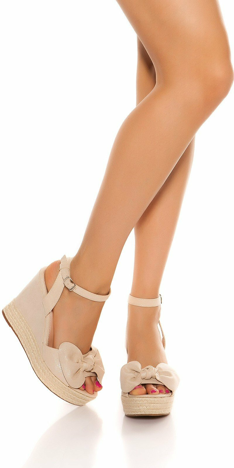 5297c2e9d1 Sandále na platforme s mašľou  Velkosť topánok 39 Farba Béžová Zľava 40%