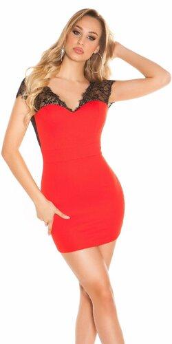 Mini šaty s čipkou a odhaleným chrbátom