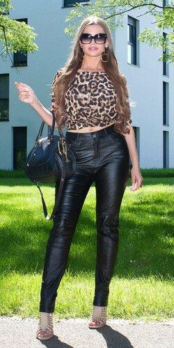 Moletkovské nohavice koženého vzhľadu | Čierna