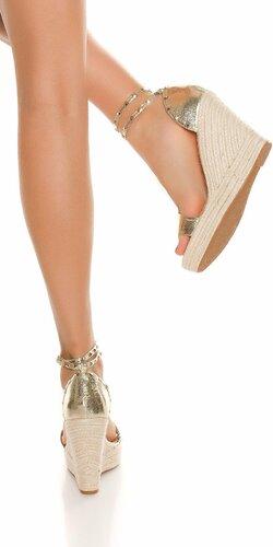 Zlaté sandále na platforme Zlatá