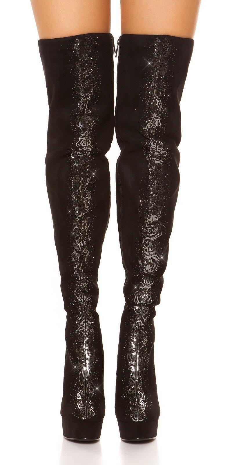 5f77221e71 Vysoké čierne čižmy s kamienkami a metalickými dekoráciami  Velkosť topánok 36  Farba Čierno-strieborná
