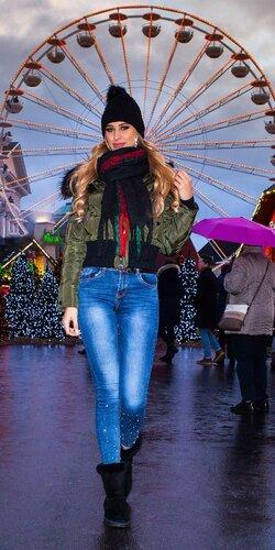 Úzke džínsy s mierne zvýšeným pásom | Modrá