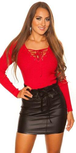 KouCla sveter so šnurovacím výstrihom | Červená