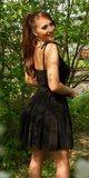 Klasické mini šaty na leto na ramienkach Čierna