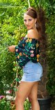 Blúzkový top s kvetinami Tmavomodrá