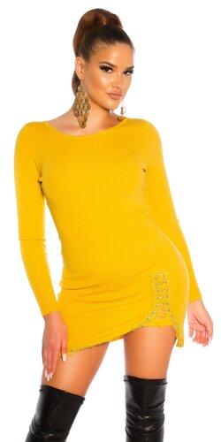 Pletené šaty s detailným šnurovaním na stehne
