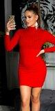 Pletené šaty s vysokým krkom Červená