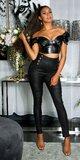 Vysoké nohavice s veľkými ozdobnými gombíkmi Čierna