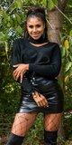Značkový rolákový sveter so šnurovaním na rukávoch Čierna