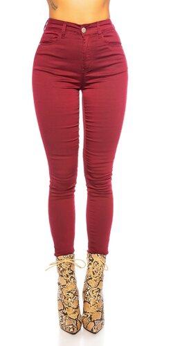 Jednofarebné džíny s vysokým pásom