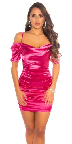 Saténové šaty s odhalenými ramenami