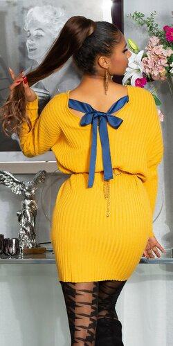 Pletené vrúbkované šaty so stuhou na zadnej strane