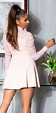 Áčkové šaty s čipkovanými rukávmi Bledá ružová