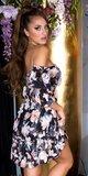Kvetinové off shoulder šaty s volánmi Čierna
