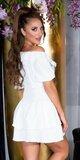 FEMININE šaty s úzkym pásom na leto Biela