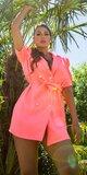 Blejzrové šaty s puff rukávmi Koralová
