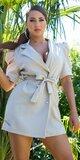Blejzrové šaty s puff rukávmi Béžová
