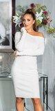 Dlhé úpletové šaty s odhaleným ramenom Biela