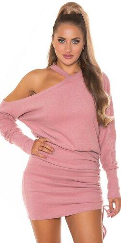Plyšové pletené šaty s otvoreným ramenom